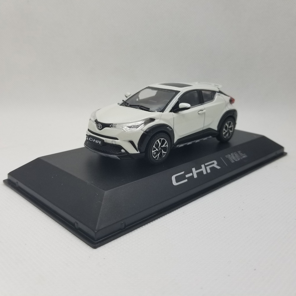 1:43 Diecast Model For Toyota C-HR 2017 All White SUV Alloy Toy Car Miniature Collection Gifts CHR C HR