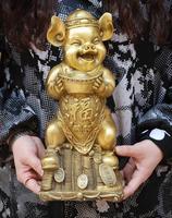 Ancient Chinese folk sculpture, twelve animal carving, porridge pig, tuba, pig, family decoration
