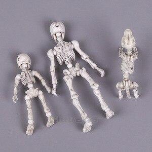 Image 3 - Leuke Mode Ontwerp Mr Botten Pose Skelet Model met Hond Tafel Bureau Boek mini PVC Figuur kinderen Speelgoed Collectible Gift