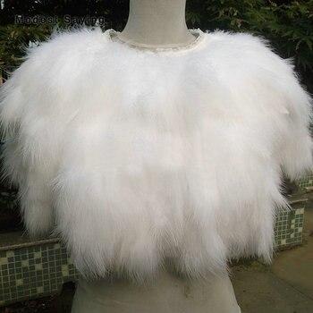 Luxury Ivory Fur Feather Coats Wedding Boleros 2018 Formal Shrugs for Women Bridal Capes Shawls Ups Wraps Wedding Accessories