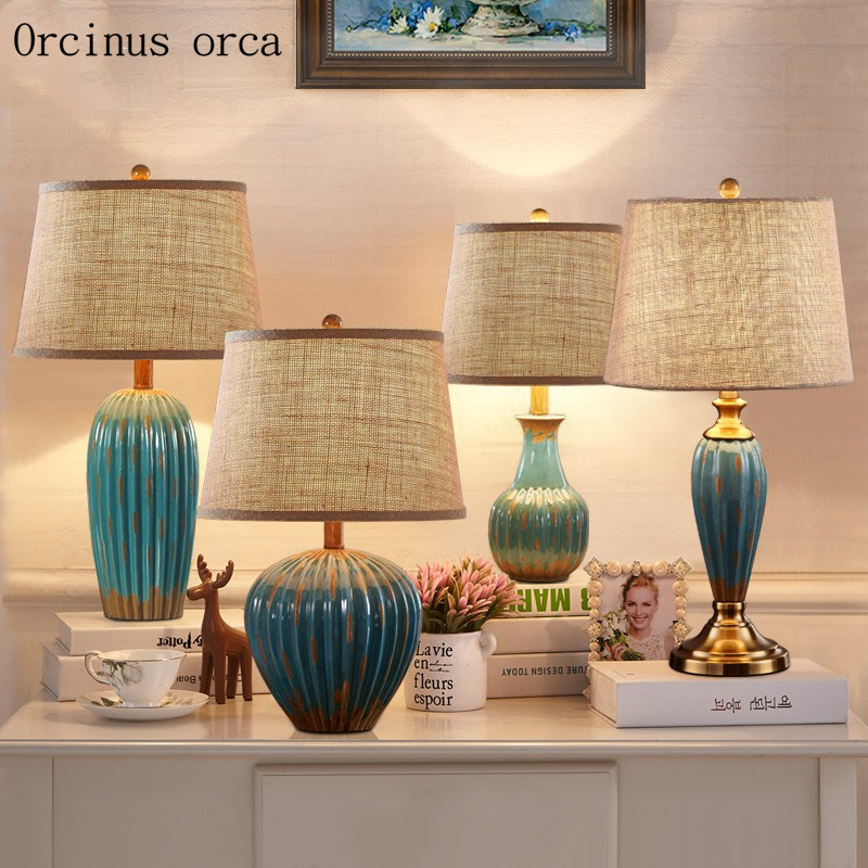 American Retro Ceramic Table Lamp Bedroom Bedside Lamp European Modern And Simple Color Painted Ceramic Desk Lamp Free Shipping