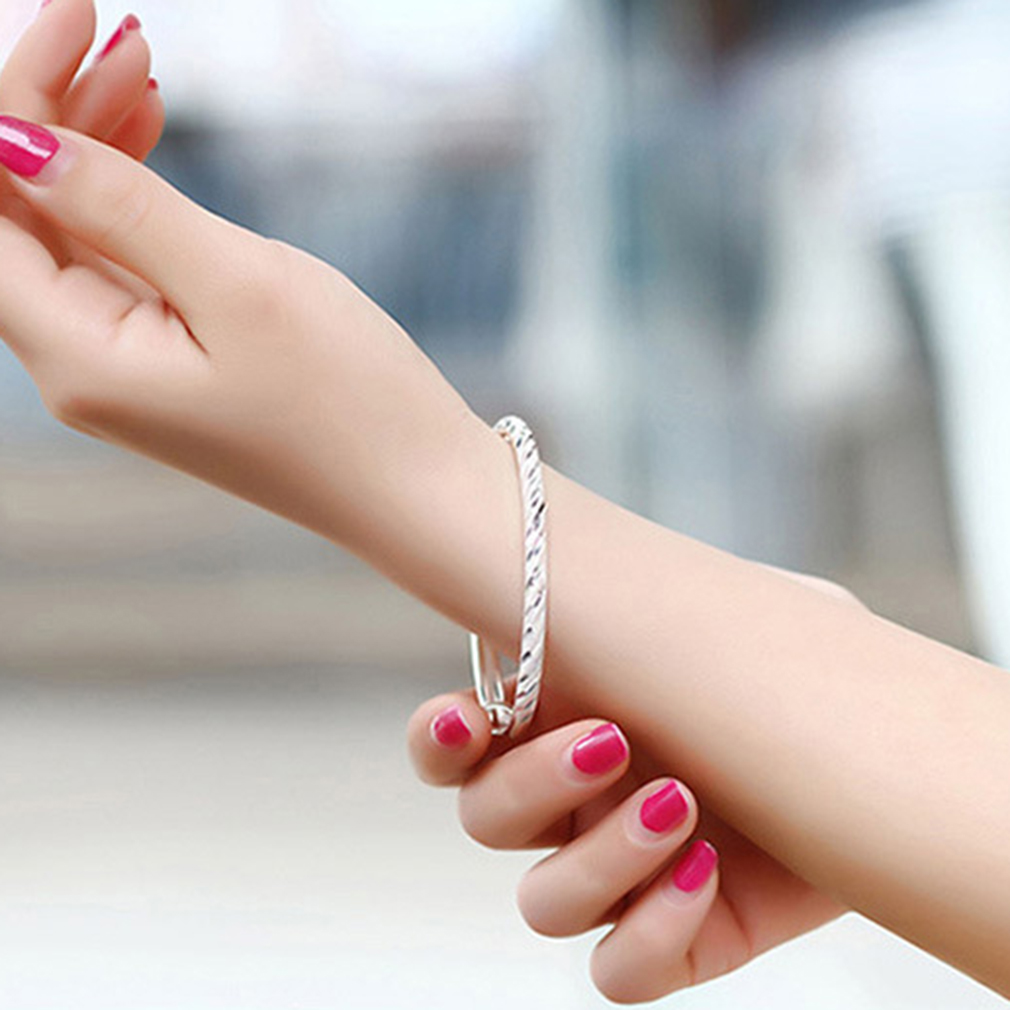 GENBOLI Silver Color Fashion Bangles Bracelet Simple Designed Luxury Meteor Shower Can Be Adjusted For Women Jewelry