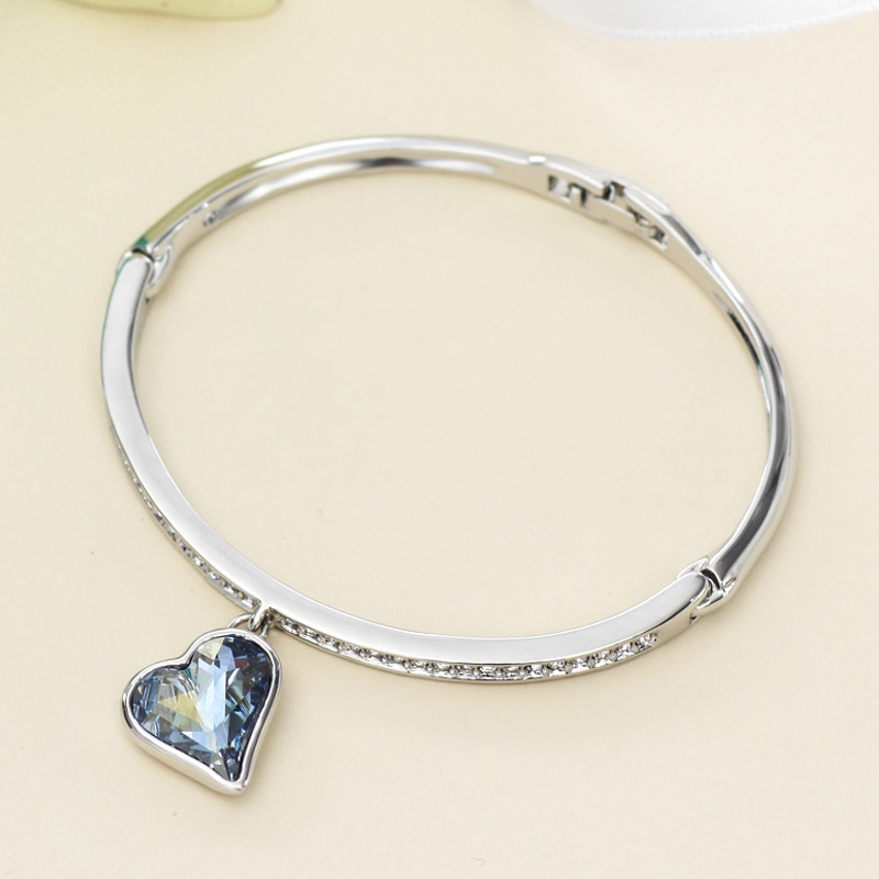 Aliexpress Neoglory Austria Crystal Rhinestone Charm Bangle Alloy Plated Heart Design Glaring Style Bracelet For Clic From Reliable