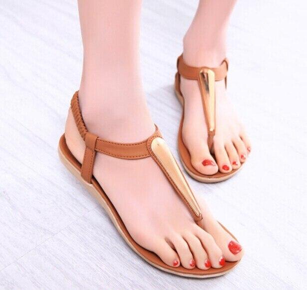 b8ceb1ca418 2015 zapatos mujer sandalias de verano para mujeres pisos flip flops cuñas  sandalia de la muchacha mujer arena de playa caliente de la venta en  Sandalias de ...