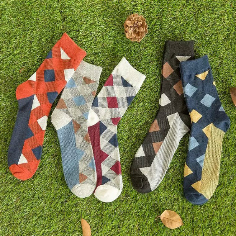 New Lattice Business Man Socks Color Diamond Pattern Dress Dress Captain Happy Sox Mens Socks Harajuku Novelty Cheap Skarpetki