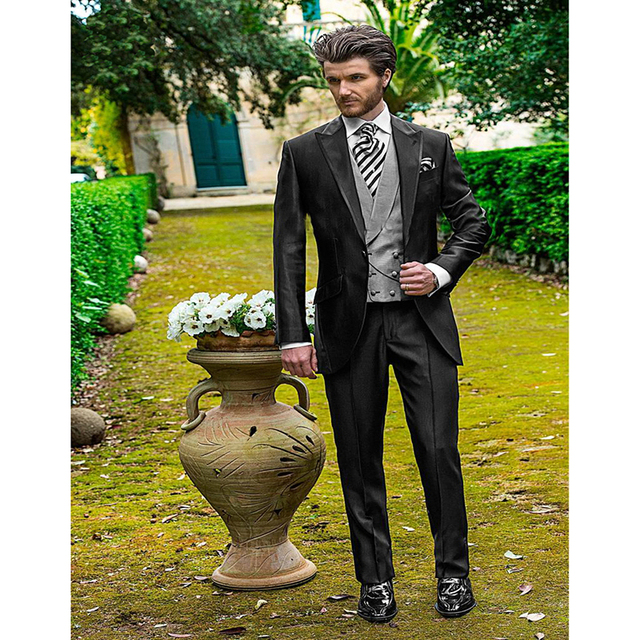 Pieces Charcoal Wedding Men Suit Peaked Lapel Italian Mens Suits Grooms Tuxedos Best