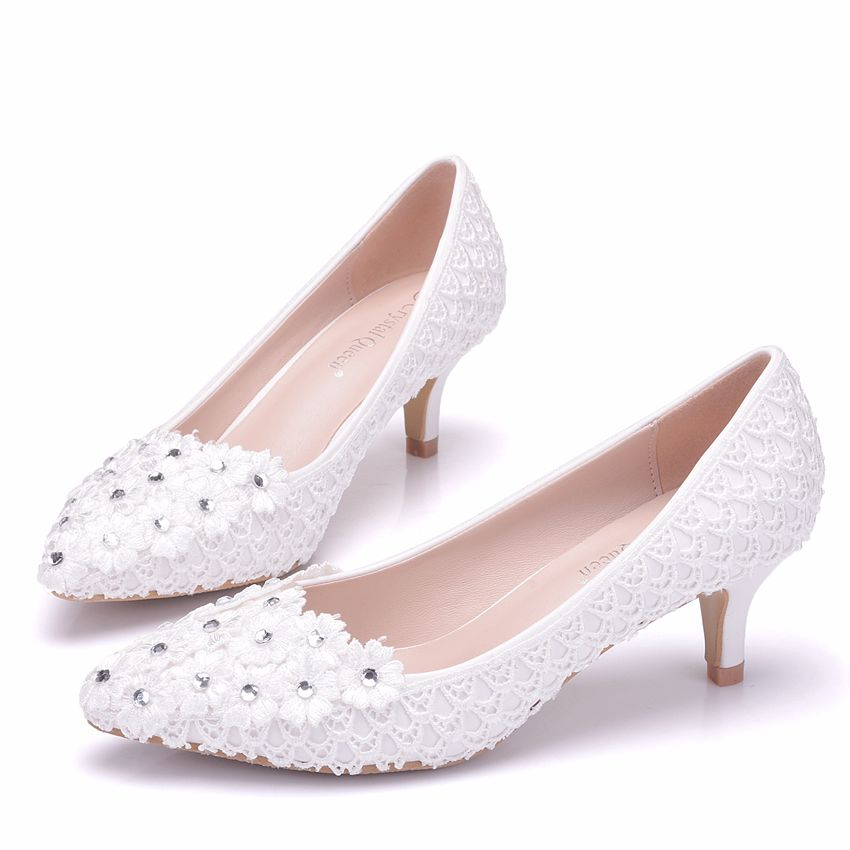 Crystal Queen 5cm Heel White Flower Lace Wedding Pump Shoes Low Heeled  Pearl Bridal Shoes Princess Pumps Platform Shoes-in Women s Pumps from Shoes  on ... 26f76c14ada9