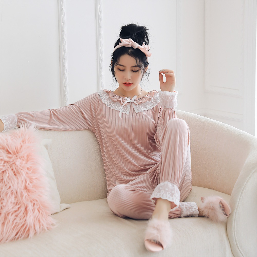 Coral Velvet Winter Women Pajama Sets Female Flannel Round Neck Cute Cartoon Camel White Letter Home Service Winter Warm Suit