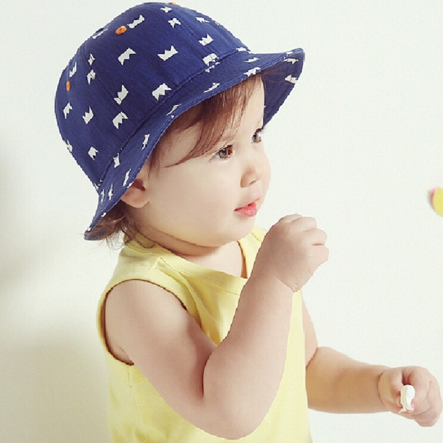 89e3d4d64ba Bnaturalwell Toddlers Bucket hat (6-18M) Blue beach sun hat Childrens  festival hat Holiday Cap Kids vacation gift panama H819