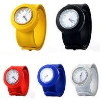 Мода мультфильм мягкий силиконовый часы Детские кварцевые часы спортивные Гибкая каучуковый ремешок наручные часы для мальчиков и девочек P20