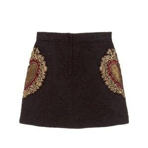 Image 2 - Женская винтажная трапециевидная юбка с вышивкой в виде черного сердца, Новинка лета 2020, модельная двубортная Женская вечерняя мини юбка, одежда