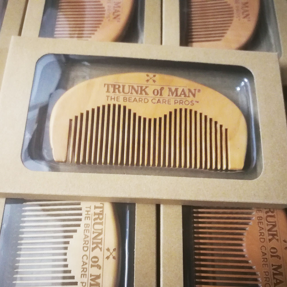 100pcs/lot Your LOGO Customized Private Label Combs Hair Beard Wood Comb for Men & Women for Barber Shop Retail Case 25