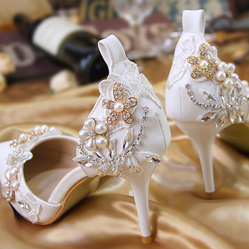 2018 New Woman Rhinestones High Heels Crystal Pearl Sandals Cover Heel  Pointed Toe Stiletto Heals Wedding Shoes Big Sizes 33 41-in High Heels from  Shoes on ... 5ca91059e8