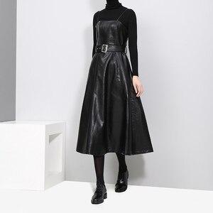 Image 3 - 2020 styl angielski kobiety Faux Leather czarny Midi Sexy bez rękawów sukienka z PU pas linii Spaghetti pasek eleganckie sukienek 3014