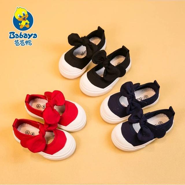 2016 marca casual sólido bowtie shallow slip on loafer sneaker bebé toddle infantiles zapatos de lona ocasionales de Verano de las muchachas primero caminantes