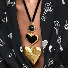 KMVEXO 2019 Fashion Big Love Heart Collar Choker Necklaces For Women Vintage Statement Pendant Necklaces Wedding Party Gifts