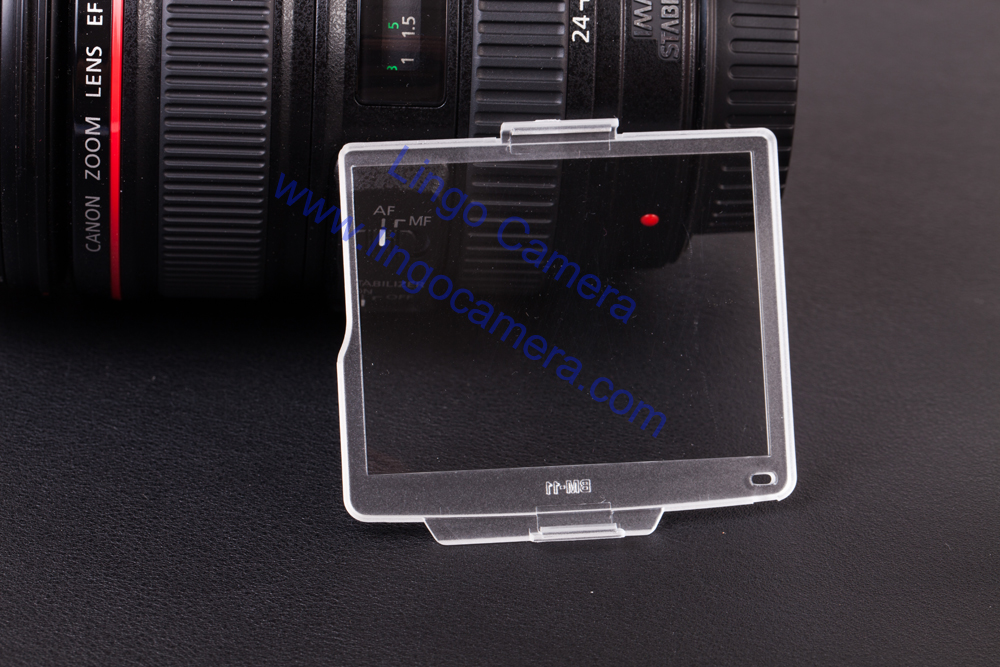 Dirt and Skin Oil LCD Cover for Nikon D7000 SLR Camera BM-11 LCD Monitor Protector Transparent Case Protecting Screen from Scratches