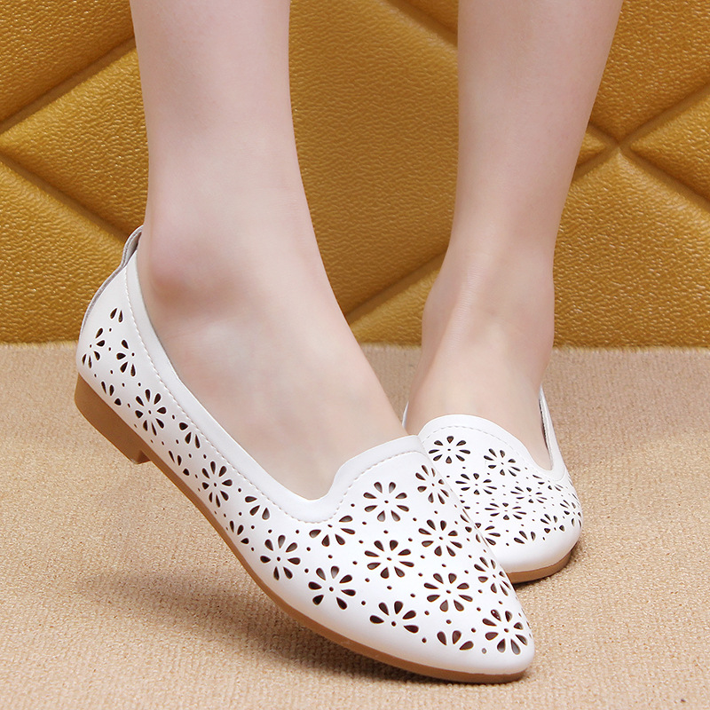 2019 Women Flats Summer Style Casual Hollow Solid Pointed Toe Slip-On Flat Shoes Soft Comfortable Women Shoes 6782019 Women Flats Summer Style Casual Hollow Solid Pointed Toe Slip-On Flat Shoes Soft Comfortable Women Shoes 678