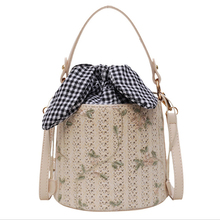 Lace Woven Bucket Women Bag 2019 New version of the Messenger bag wild fashion shoulder bag wecayisa retro splicing rivet bucket bucket bag shoulder messenger bag new tide wild fashion black pink white 3color
