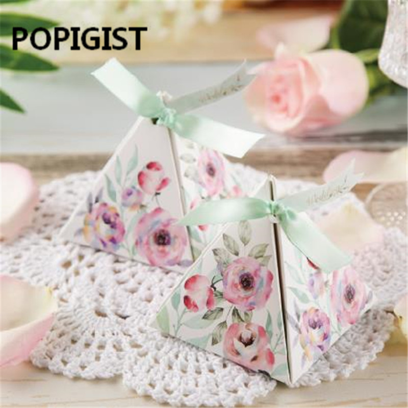 Creative Promotional Exquisite Triangular Sweet Camellia Rose Flower Wedding Favors Candy Boxes Chocolate Gifts Box+Ribbon+Tag