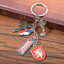 Vicney Czech Flag PRAHA With St. Vitus Cathedral Keychain Czech Travel Souvenir Key Chain High Quality Zinc Alloy Key Chain Ring czech