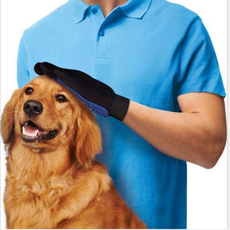 658461df5de3 Venta al por mayor de productos para mascotas accesorios para perros gatos  guantes de masaje suave TPR Pet cepillo de baño ducha aseo peine de mano  derecha ...