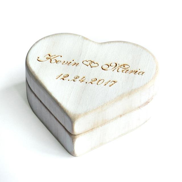 חתונת לב לבן בציר תיבת טבעת, אישית עץ טבעת נישואים תיבת כרית, תיבה מחזיק טבעת חתונה כפרית