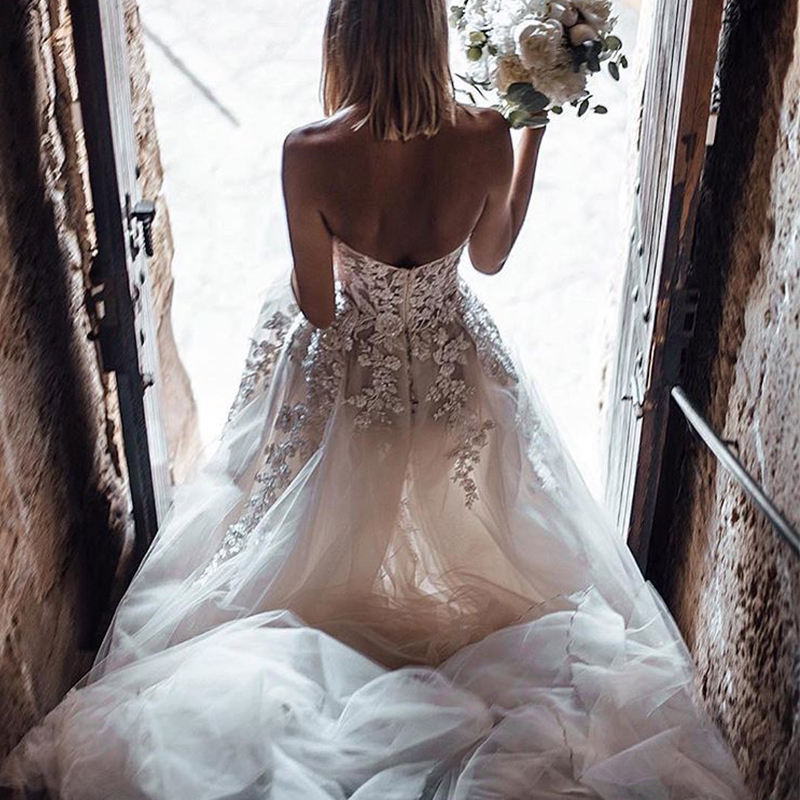 Sweetheart Boho Wedding Dresses A line Sleeveless Appliques Beaded Bridal Gowns Illusion Backless Elegant Country Bridal Dresses-in Wedding Dresses from Weddings & Events    3