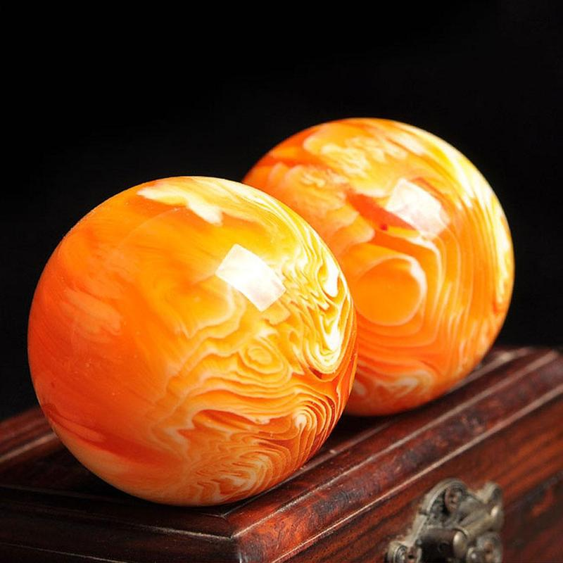 1Pc 50mm Natural Art Amber Beeswax Ball Crystal Sphere Middle-aged And Elderly Fitness Health Massage Handball