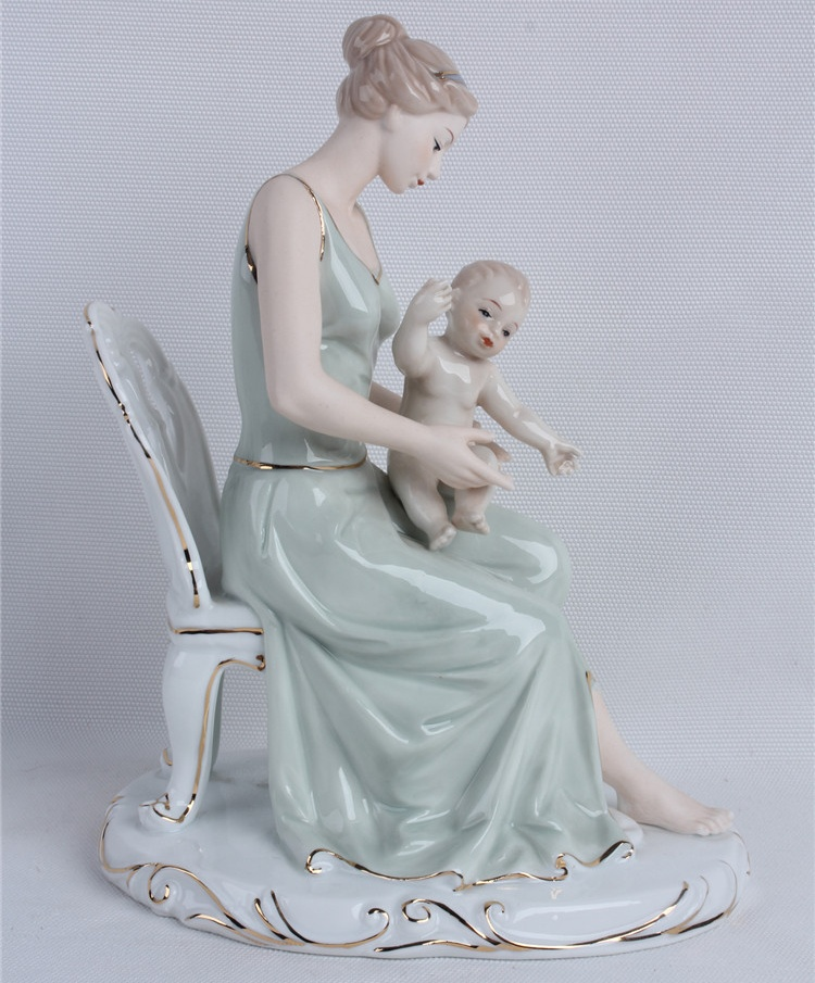 Porcelain Mother and Baby Sculpture Ceramic Maternal Love Statue Household Decoration Craft Gift for Mothers Day and Birthday