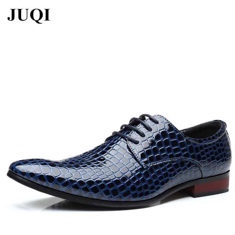 JUQI 2018 New Men Oxford Shoes Gentleman PU Leather Dress Shoes Lace Up Pointed Toe Shoes Breathable Men's Flats Plus Size