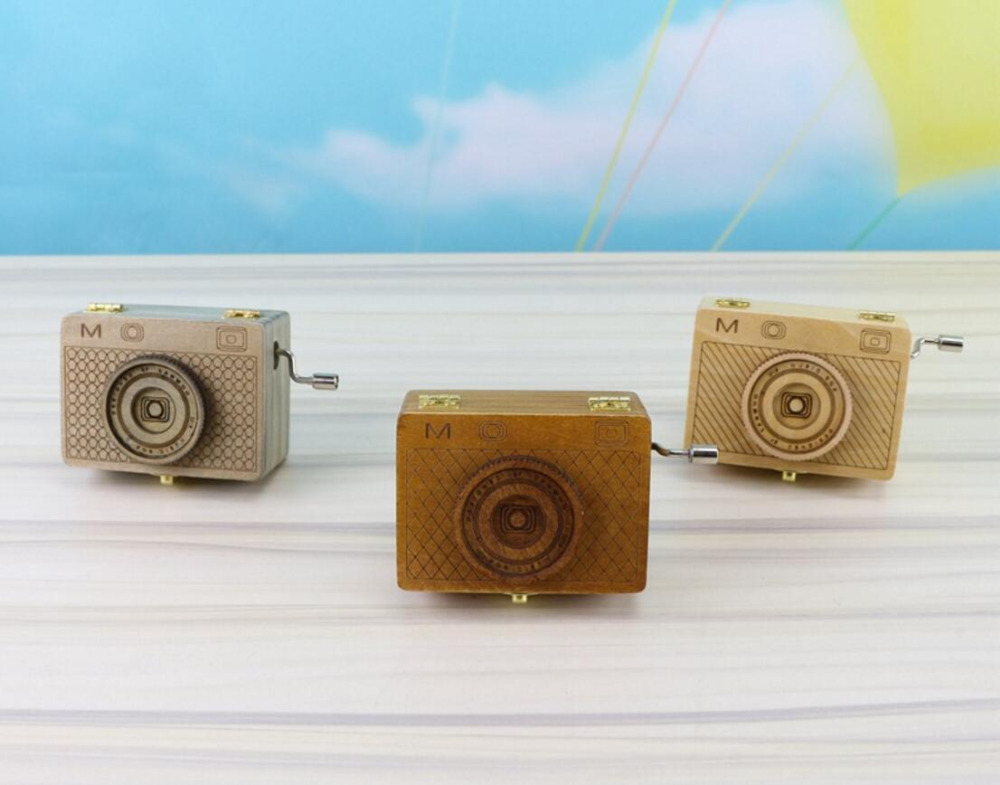 vintage Distressed classic camera style music box hand-made craft model for home coffee bar ornaments decoration image
