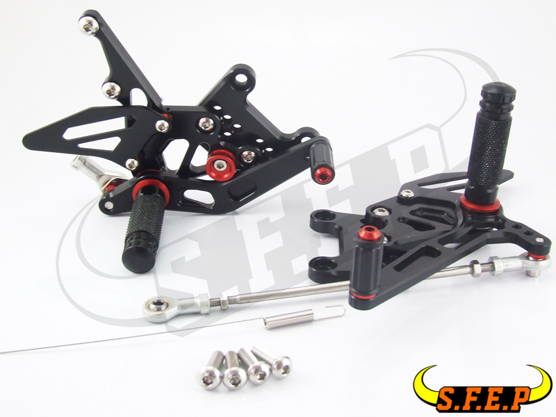 CNC Adjustable Rearsets Rear Sets foot pegs For Triumph SPEED TRIPLE 1050 2005-2010
