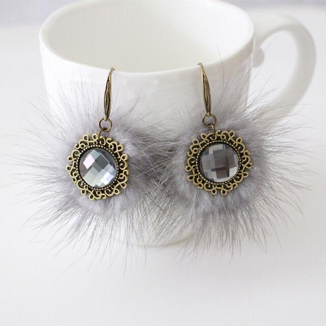 Новый Дизайн Моды Женщин Девушки Серый Искусственного Меха Pom Pom Стекла камень Серьги Очень Мягкий Мех Мяч Милые Серьги Бронзовая Покрытием