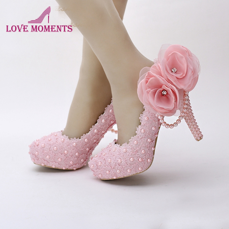 где купить Pink Flower Lace Platform Bridal Shoes Beautiful Women High Heels Handmade Lace Wedding Dress Shoes Girl Birthday Party Pumps дешево