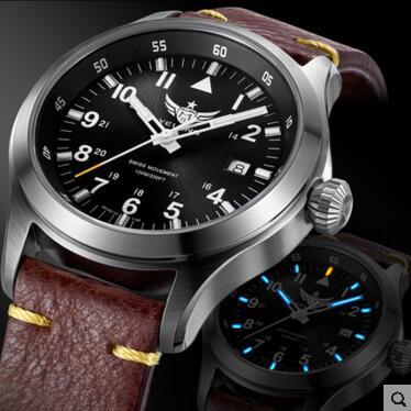 Yelang hombre reloj piloto batería de litio reloj de cuarzo Tritium T100 Ronda movimiento WR100M zafiro genuino cuero militar reloj-in Relojes de cuarzo from Relojes de pulsera    1