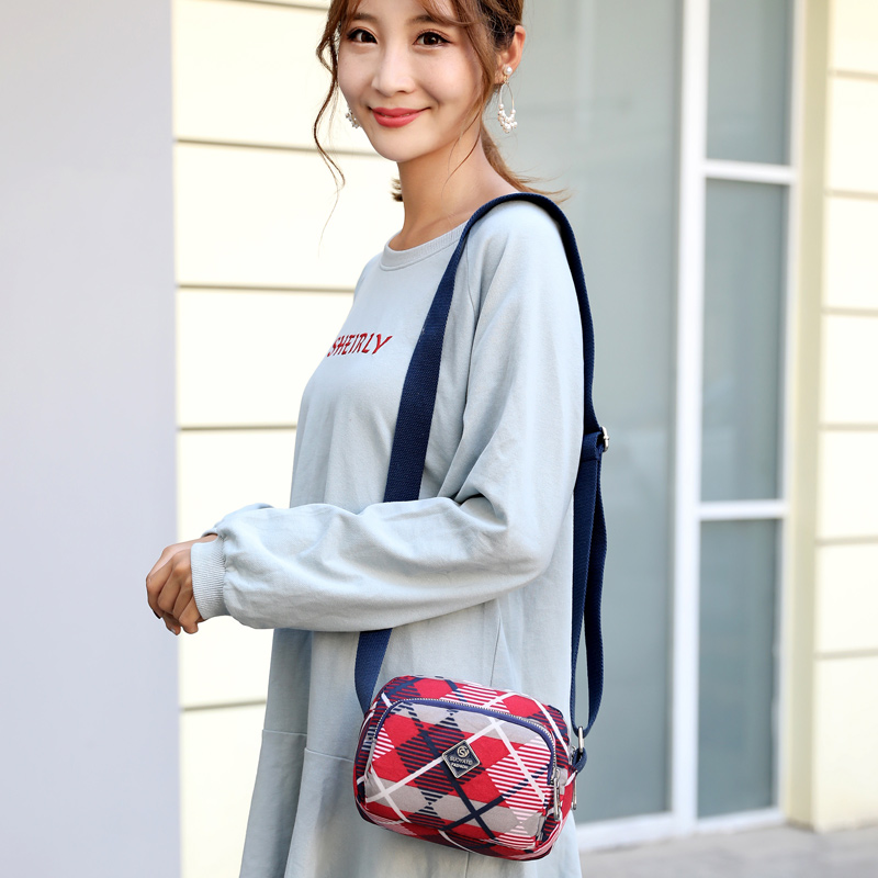 Multi Pattern Fashion Women Shoulder Bags Three Zipper Pocket Female Messenger Bags Mini Hot Sale Travel Crossbody Phone bag in Shoulder Bags from Luggage Bags