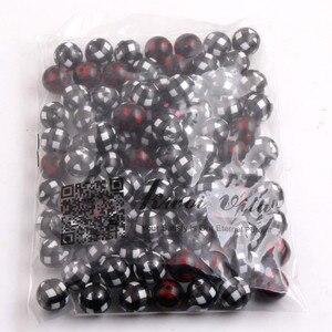 """Image 2 - Kwoi Vita 100 יח\חבילה 20 מ""""מ חרוזים מוצקים אקריליק לבן משובץ שחור הדפסת שמנמן חרוזי תכשיטי שרשרת"""