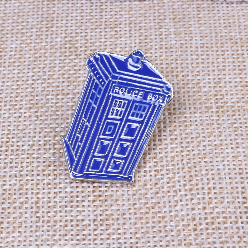 Doctor Who Dr Mysterious Series Brooch Fashion Single Houses Blue Tardis Police Box Enamel Tie Reverses Icons Brooch