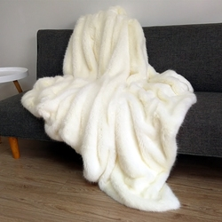 النمط الأمريكي حجم كبير البيج الأبيض ريشة الفراء الاصطناعي بطانية سرير ، غطاء أريكة ، الحيوانات الأليفة البطانيات ، المنك الاصطناعي بطانية ...
