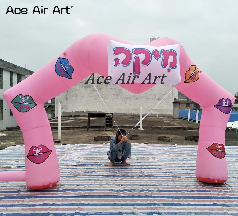 bequtiful pink inflatable heart arch with colorful lips for wedding and anniversary day