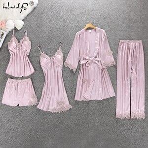 Image 2 - Vrouwen Pyjama 4 Pc & 5 Stuk Satijn Nachtkleding Pijama Zijde Thuis Kleding Borduren Slaap Lounge Pyjama Met Borst Pads pyjama Set