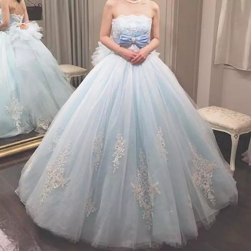 2019 Gorgeous Quinceanera Dresses Ball Gown Beaded Sequins Lace Appliques Soft Tulle Prom Party Gowns Bow Handmade Flowers