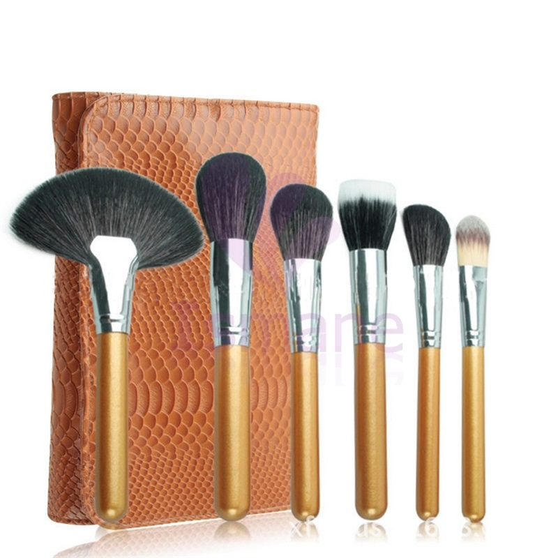 ISMINE 24 Pcs Makeup Brush Set Tools Brown Make-up Toiletry Kit Horse Hair Make Up Brush Set with Case hot sale 2016 soft beauty woolen 24 pcs cosmetic kit makeup brush set tools make up make up brush with case drop shipping 31