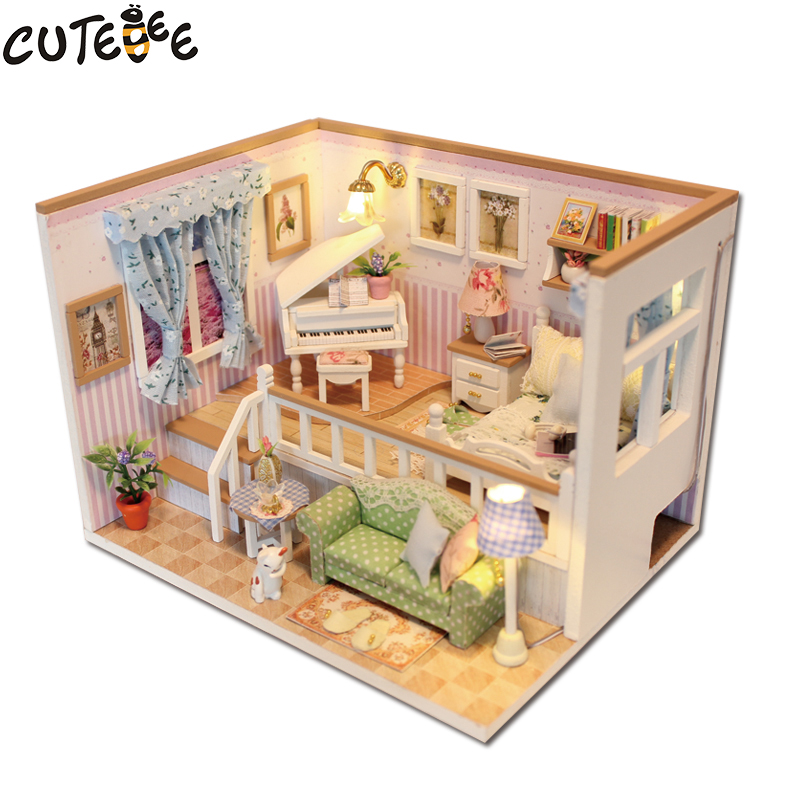 CUTEBEE Doll House Miniature DIY Dollhouse med møbler Wooden House Stars Sky Leker For Children Birthday Gift M026