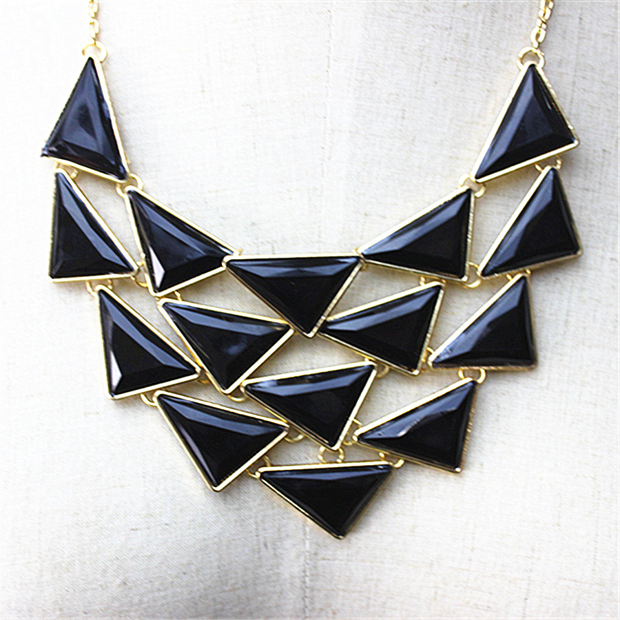 The new hit 2017 gorgeous women accessories wholesale girl female huishi tassel type necklace gift shipping agent