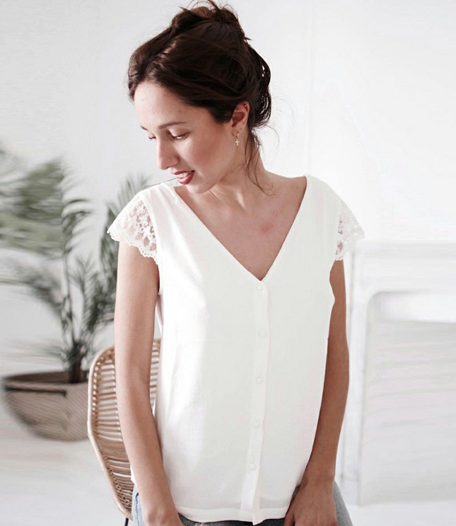 Summer V neck Shirts Backless Bowtie Lace Up Chiffon Blouses in Blouses amp Shirts from Women 39 s Clothing