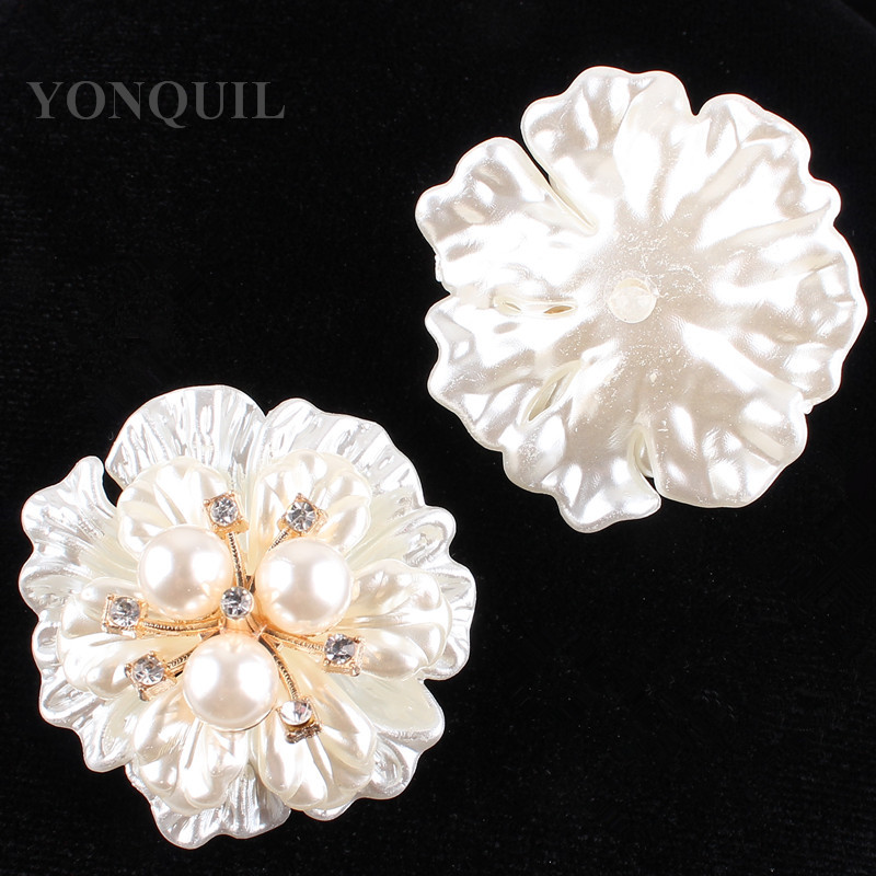 2017 Top quality shell flower brooches pin with peals rhinestone decoration for women cloth Scraft Corsage accessories 12pcs/lot