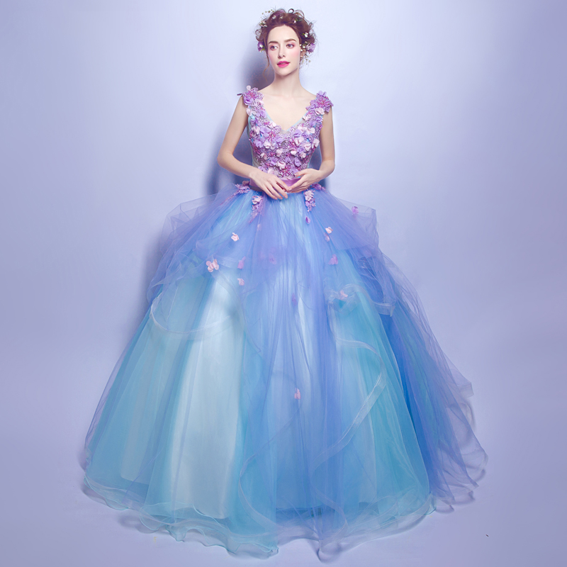 Light Sky Blue Quinceanera Dresses Appliques Pearls Handmade Flowers Vestidos De Gala Largos Puffy Ball Gowns Quinceanera Gowns