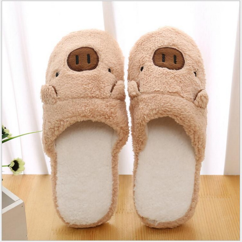 Couple models cartoon pig cotton slippers month cotton slippers home floor soft slippers warmCouple models cartoon pig cotton slippers month cotton slippers home floor soft slippers warm